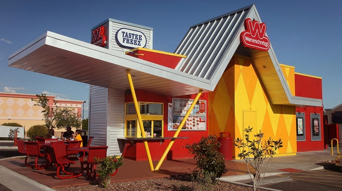 Media - Wienerschnitzel Poised For Growth With New Restaurant Design